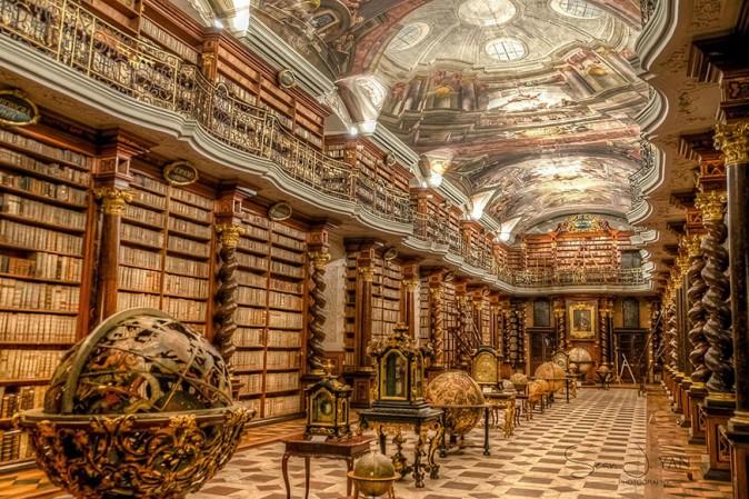 a-praga-una-delle-piu-belle-biblioteche-del-mondo-orig_main