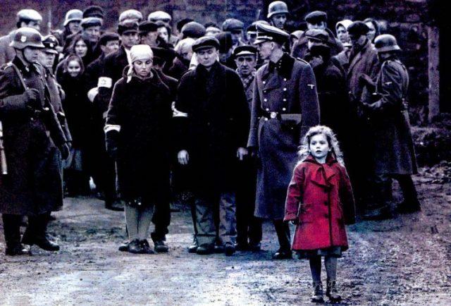 la-bambina-con-il-cappotto-rosso